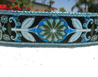 """Sale Girl Dog Collar Quick Release or Martingale Collar Blue Zinnia 1"""" wide adjustable"""
