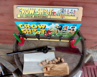 CROW SHOOT. game in original box. instructions MARX. pop gun. bag of corks. Jaymar. Great Britain. vintage 1950s. vintage 1960s. game