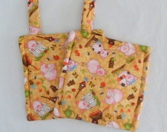 Pot Holders Handmade Pot Holders 2 Pot Holders Barnyard Fabric Pot Holders Gift for the Cook Gift for Her Triple Insulated Pot Holders