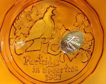 vintage 1981 amber Tiara glass Christmas plate partridge in a pear tree unused in original box