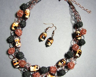 Adjustable Wire Crochet Necklace/Earring Set in Resin and Copper Wire