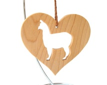 Alpaca Ornament Wood Heart Shaped Pet Ornament Christmas Alpaca Decoration Country Farm Animal Ornament Christmas Pet Decoration Maple