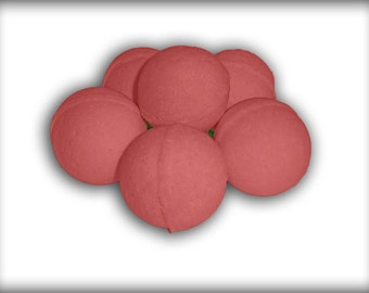 Vintage spice fragranced bath bombs. Perfect for the man in your life