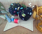 Apple Pin Cushion ~ set of 2 ~ Fabric stuffed Apple ~ Bowl filler ~ Shelf sitter ~ Fabric Apple ~ Sewing Room Pin cushion