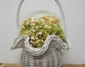 Vintage White Wicker Ruffle Edge Basket Farmhouse Decor Easter Flower Girl Wedding Basket