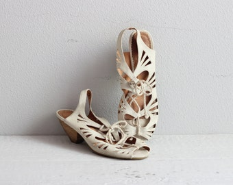 60s Boho Cut Out Sandals . White Lace Up Sandals . Stacked Heels . 1960s Heels