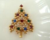 Eisenberg Rhinestone Christmas Tree Brooch Signed