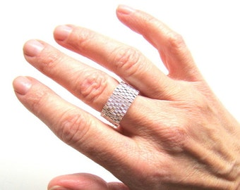 Silver Crystal Beaded Ring in Brickwork Style  Peyote Seed Bead Ring Casual Everyday Ring for Men or Women  Silver Lined Crystal Glass Ring