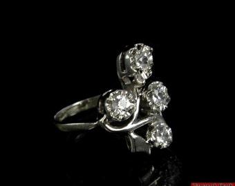 Vtg Solid 14K White Gold Four Stone Branch Spray Cubic Zirconia Ring Size 4 F1X