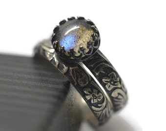 Personalized Wedding Set, Labradorite Engagement Ring, Engraved Oxidized Floral Silver Wedding Band, Renaissance Style, Custom Engraving
