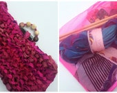 Knitting kit with sari silk ribbon! Knit yourself a clutch with stunning buttons and silk lining. Choose your colour of yarn.