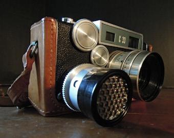 Vintage Argus C33 Camera / Vintage Photography / 1950's Argus C33 35mm Film Camera / Leather Case /