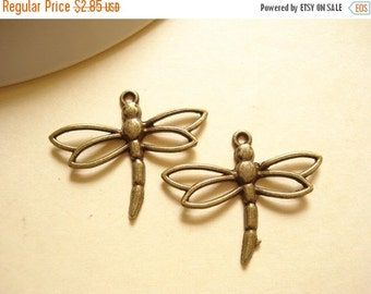 50% OFF Moving Sale - 10pcs Antiqued Bronze Dragenfly Charm Pendant 33x27mm B-59