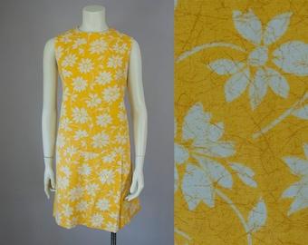 60s Vintage Golden Floral Sleeveless Drop Waist Skort Style Romper (S, M)