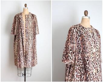 OOAK vintage 50s leopard print house coat / leopard faux fur jacket - 50s elbow length sleeve jacket / plush velvety animal print fabric