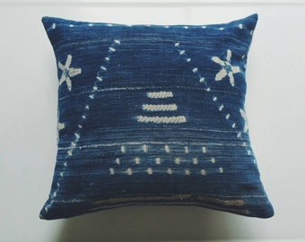 Vintage Mudcloth Pillow Cover with Stars - African Textile Throw Pillow - Tribal Modern Bohemian Decor
