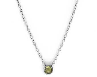 SAPPHIRES Green sapphire necklace in rhodium plated silver minimal oval stacking natural gemstone
