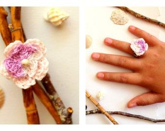 Crochet Flower Ring rose/lilac