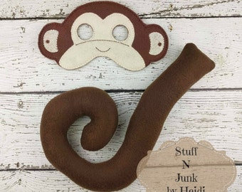 Monkey mask and tail costume play set