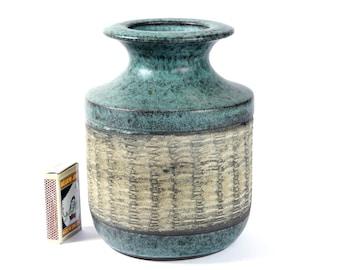 Karl Jüttner German Studio Sgraffito Vase Bauhaus Modernist Ceramic Pottery Design 60s