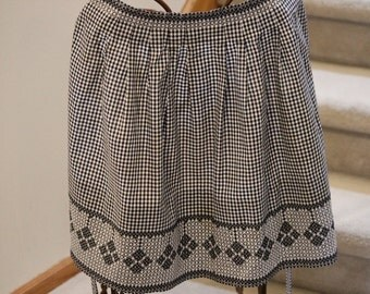 Gingham, Apron, Embroidered