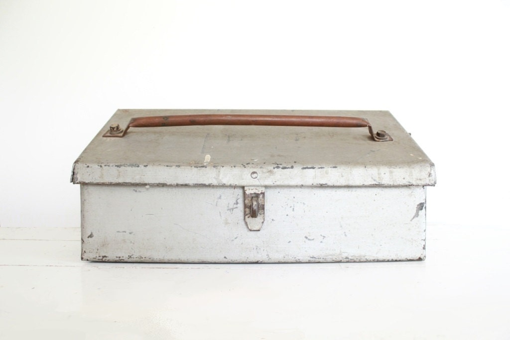 Wedding Gift Lock Box : Vintage Metal Box with lock . wedding card box by TheLonelyHeart