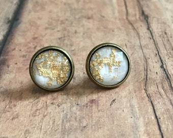 Gorgeous white gold fleck studs