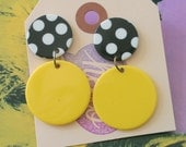 Vintage POLKA DOT Earrings...round. dots. pierced ears. retro accessories. classic. mod. working girl. kitsch. ladies. cute. black and white