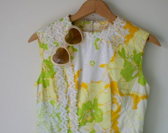 Vintage MOD LACE Dress....size small to medium...folk. retro. floral. yellow dress. 60s dress. boho. mid century. victorian. lace. maxi