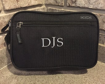 Personalized Embroidered Travel Kit/Shaving Kit/Makeup Bag
