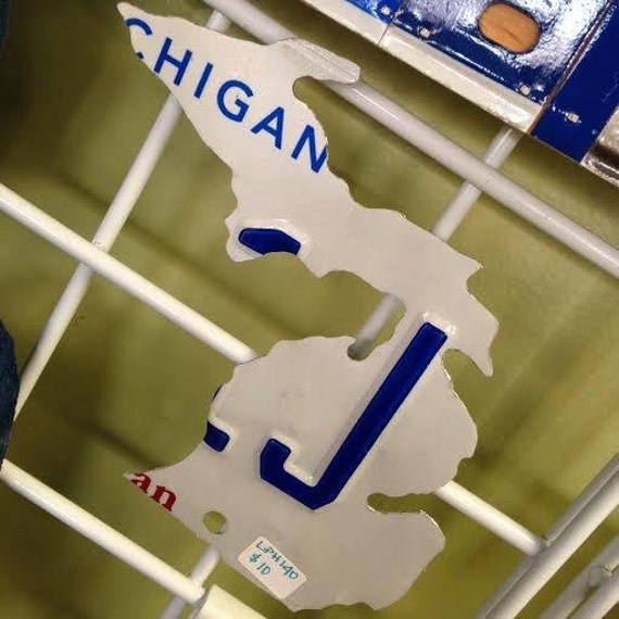 """6"""" Magnet Shape of Michigan License Plate"""