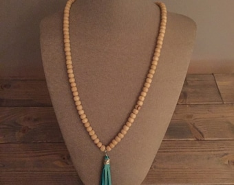 Fringe wooden bead necklace