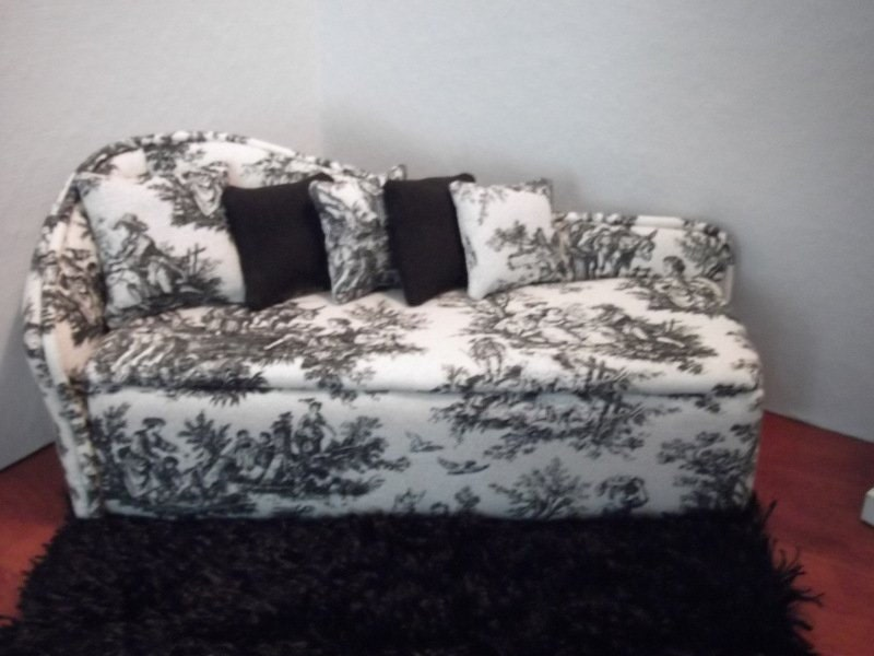 Black And White Damask Chaise Lounge Of 1 6th Barbie Handcrafted Furniture Designs Barbie Scale Chaise