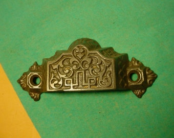 ONE Victorian Aesthetic Cast iron Drawer Pull Handle Eastlake 1872 Patent Antique Vintage 1800s