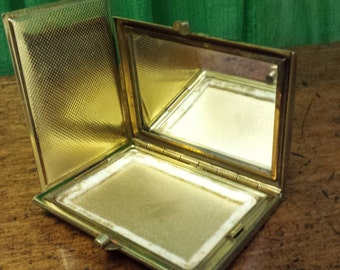 Large Gold Square Vintage 1940s Mirrored Vintage compact