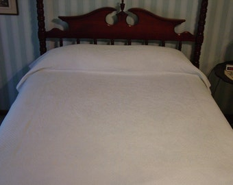 Vintage Coverlet, White Cotton Matalasse, Lilies of Valley,Ferns 72 x 84""