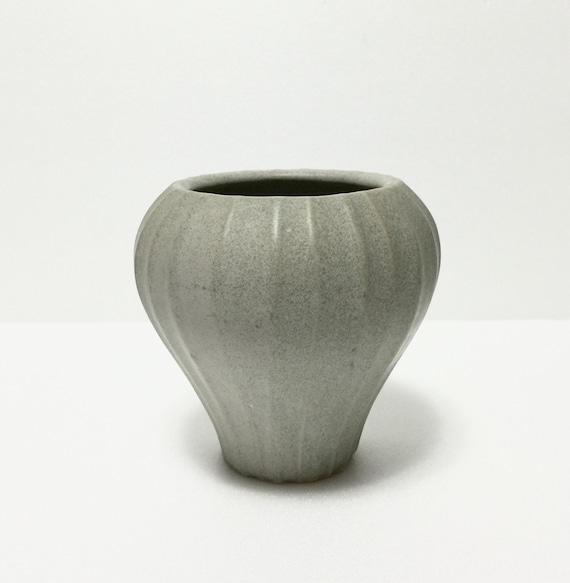 vintage jonathan adler pot a porter vase bulb gourd form. Black Bedroom Furniture Sets. Home Design Ideas