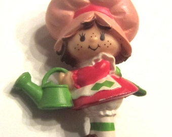 Strawberry Shortcake with Watering Can PVC Figure Figurine