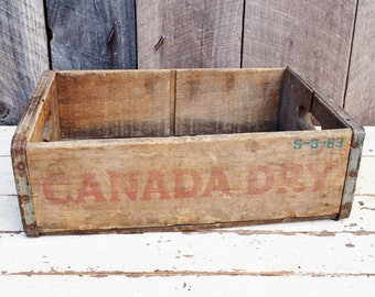 Vintage Canada Dry Soda Crate Weathered Wood Rusty Red Green Handles Indiana, Pennsylvania Rustic Primitive Decor Storage 1960's