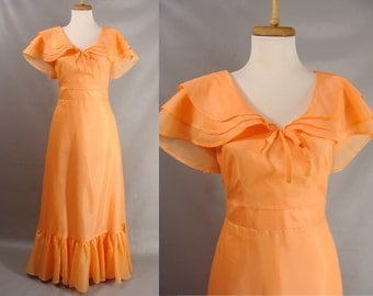 as is. vintage 70s Dress. 40s Style Orange Satin WWII Formal Ball Gown. Easter Dress. OR Customizable Zombie Costume. Size M 6 8