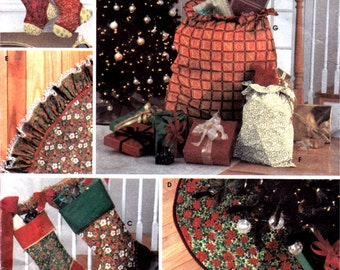 Simplicity 7044 Gift Bags Tree Skirts Stockings Christmas Decorating
