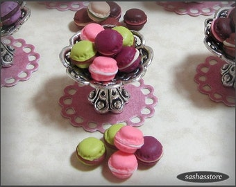 Dollhouse miniature macaroons for your patisserie, french bakery, dollhouse miniature food, french food