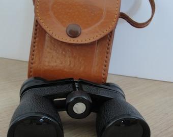 Vintage Wuest 3x30 Coated binocular with case Japan 1970s