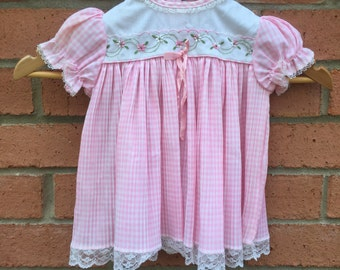 1960's Vintage Pink & White Crepey Pleated Baby Girl Dress - 12 Months