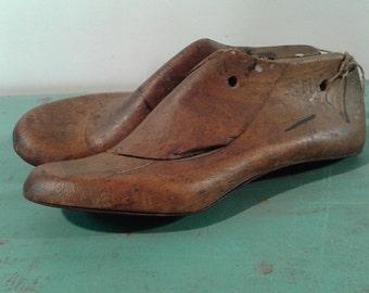 Vintage Spanish shoe form,  wood  shoe form, home decór,size mold Nº37