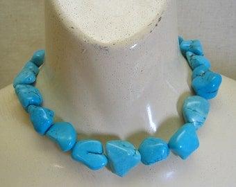 Fabulous 1980s Vintage Turquoise Magnesite Chunk Necklace