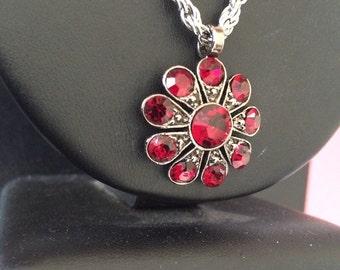 Vintage Ruby Red Rhinestone Pendant Necklace