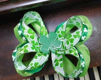 "6"" St. Patricks Day Shamrock Boutique Bow"