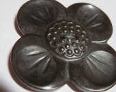 "Vintage Big Beautiful Realistic Chocolate Brown Bakelite ""Dogwood"" Flower Blossom Button"