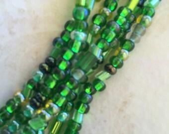 "Green Glass Seed Beads 6/0 36"""